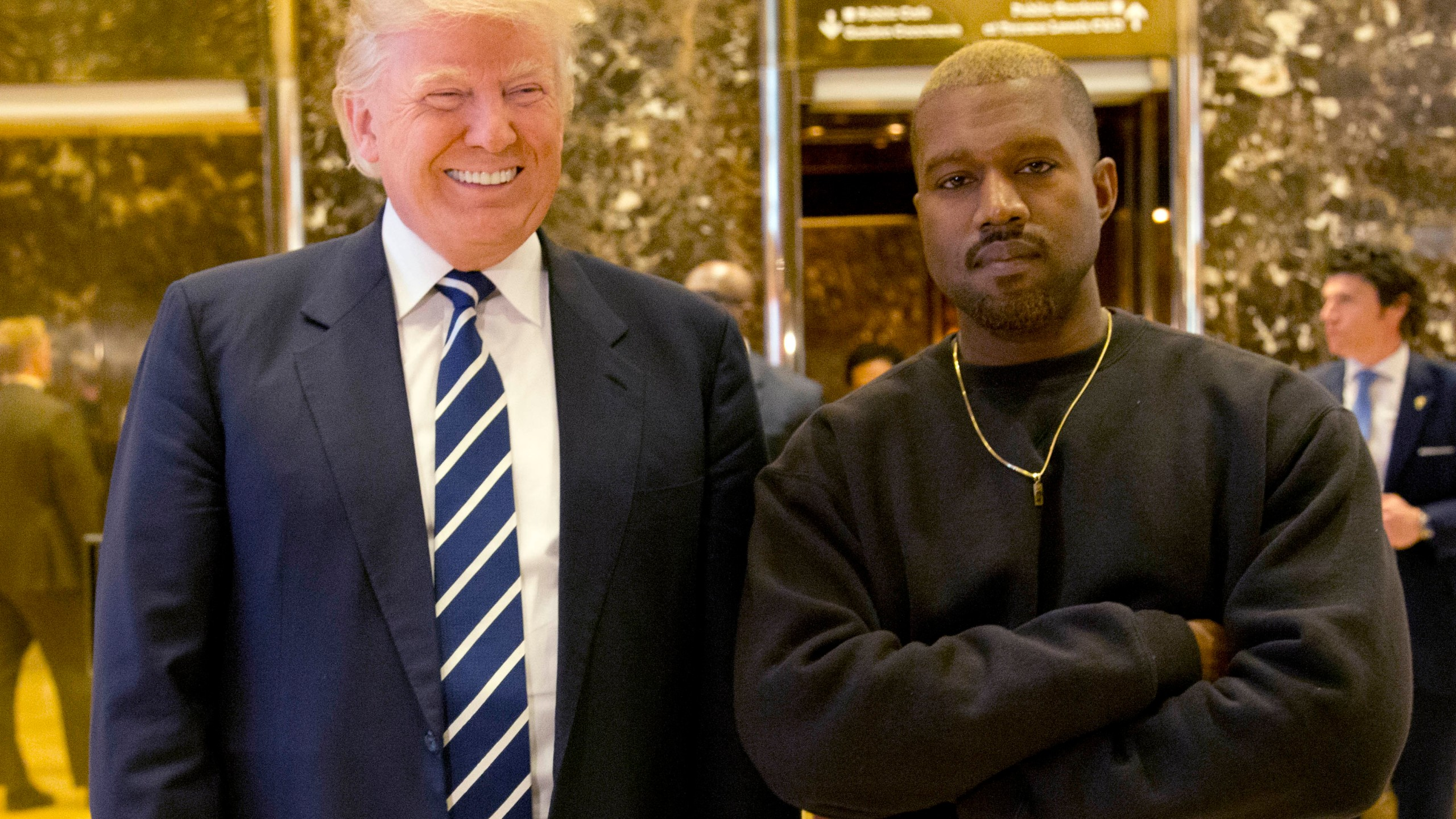Trump_Kanye_West_17334-159532.jpg25358799