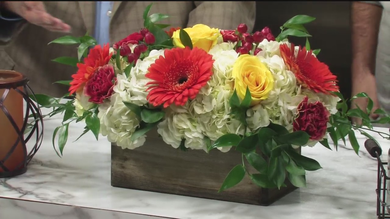 Thanksgiving Centerpieces - Linda's Flowers - 11/15/18