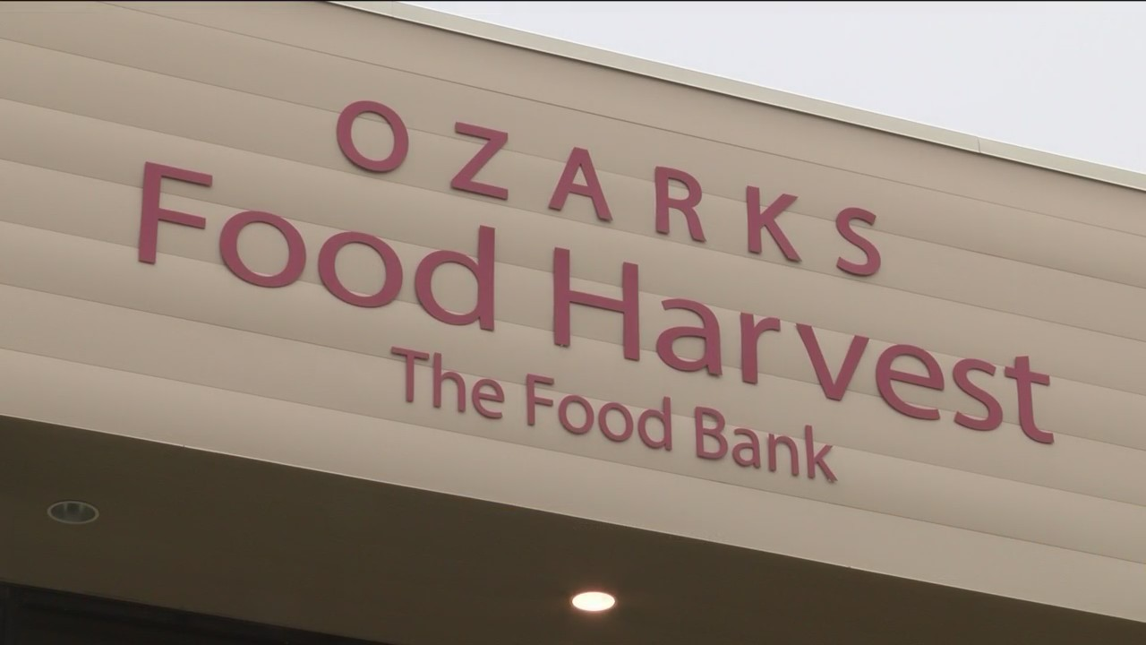 Ozarks_Food_Harvest_Helping_Federal_Work_0_20190115042341