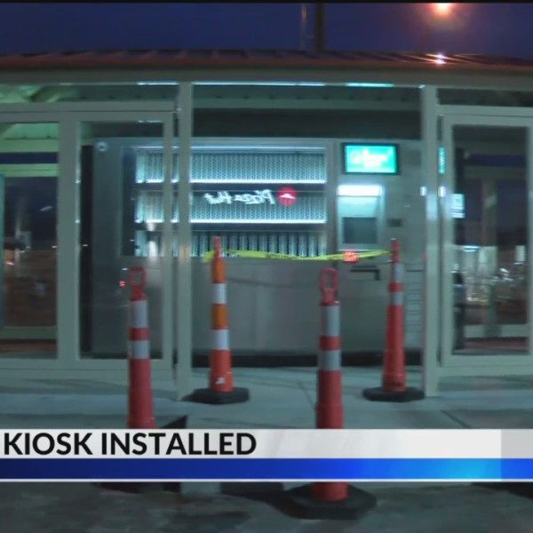 Rare_Library_Kiosk_Opens_in_Springfield_0_20190125042429