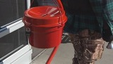 red kettles_8803032146902007981