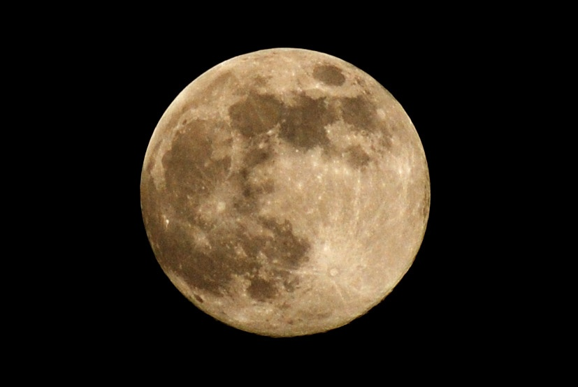 Superstitions - Full Moon_1547863446704225-159532