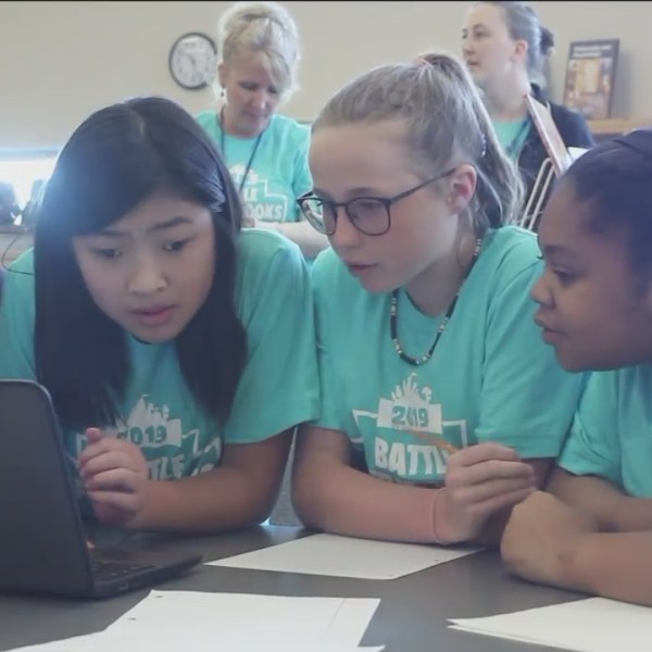 Middle School Students Compete at Battle of the Books