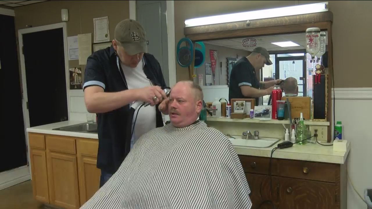 Pay it Forward Chain at Mountain Grove Barbershop
