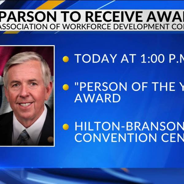 Mike_Parson_awarded_Person_of_the_Year_5_20190424221738