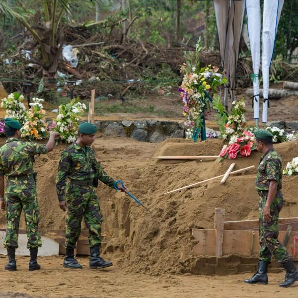 Sri_Lanka_Blasts_67062-159532.jpg19401501