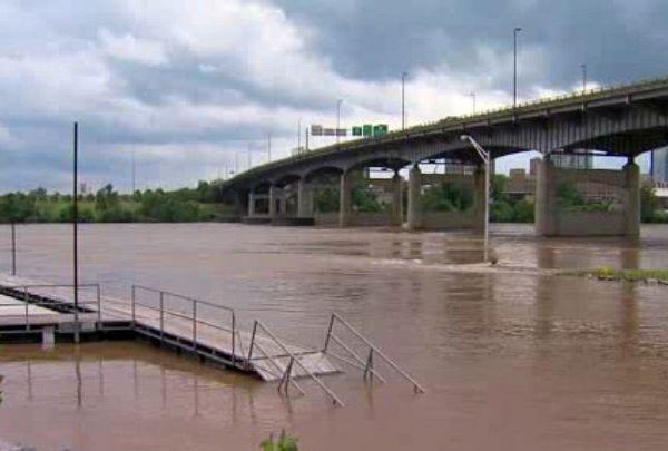 Arkansas river flooding_1432921193836.jpg