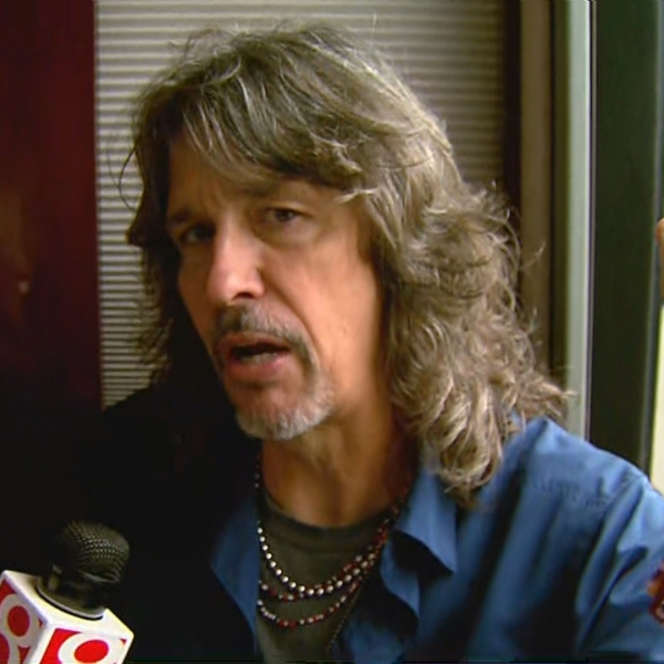Kelly Hansen, Foreigner lead singer, at Indy 500 Carb Day