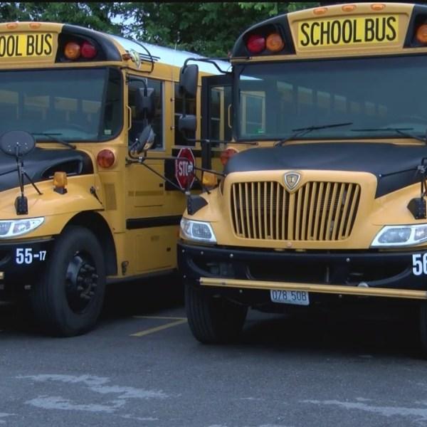 Springfield_School_Buses_Prepare_to_Take_0_20180814232355