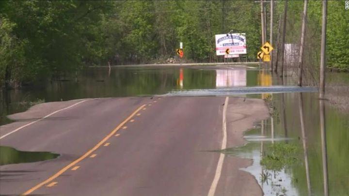 flooding road_1556983113446.jpg.jpg