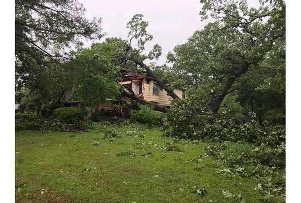 fort smith tornado_1558305305403.jpg.jpg