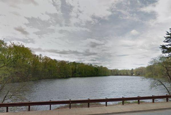 north carolina lake_1558294640403.jpg.jpg