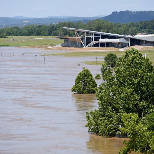 Spring_Flooding_Arkansas_13793-159532.jpg73756051