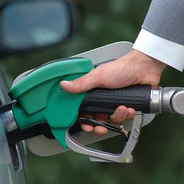 green-living-gas-pump-ethanol_1516736095132_335657_ver1_20180124055601-159532