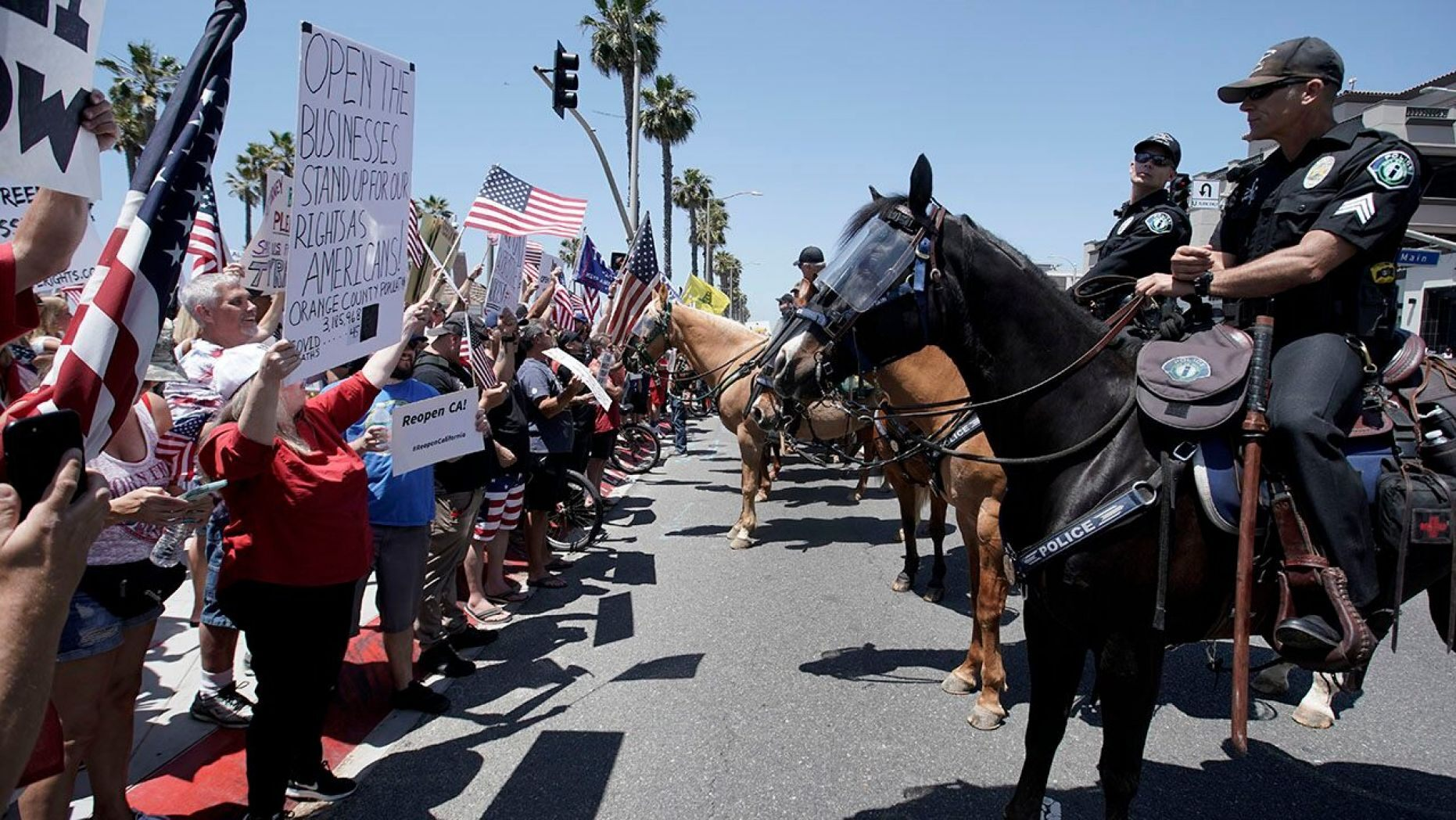 Huntington Beach Protesters Assail California Gov Newsom S Order Closing Beaches Kolr Ozarksfirst Com