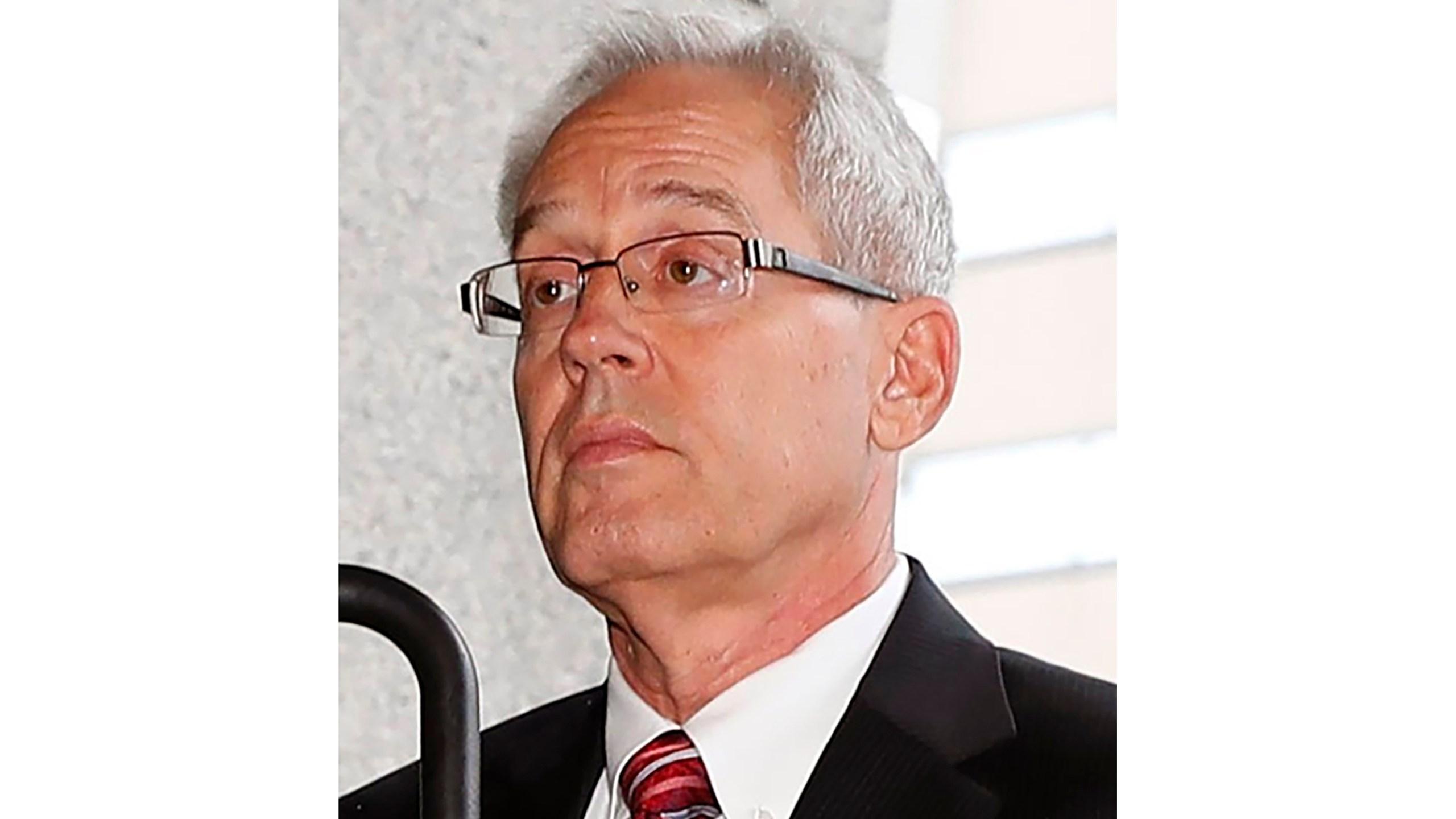 Greg Kelly