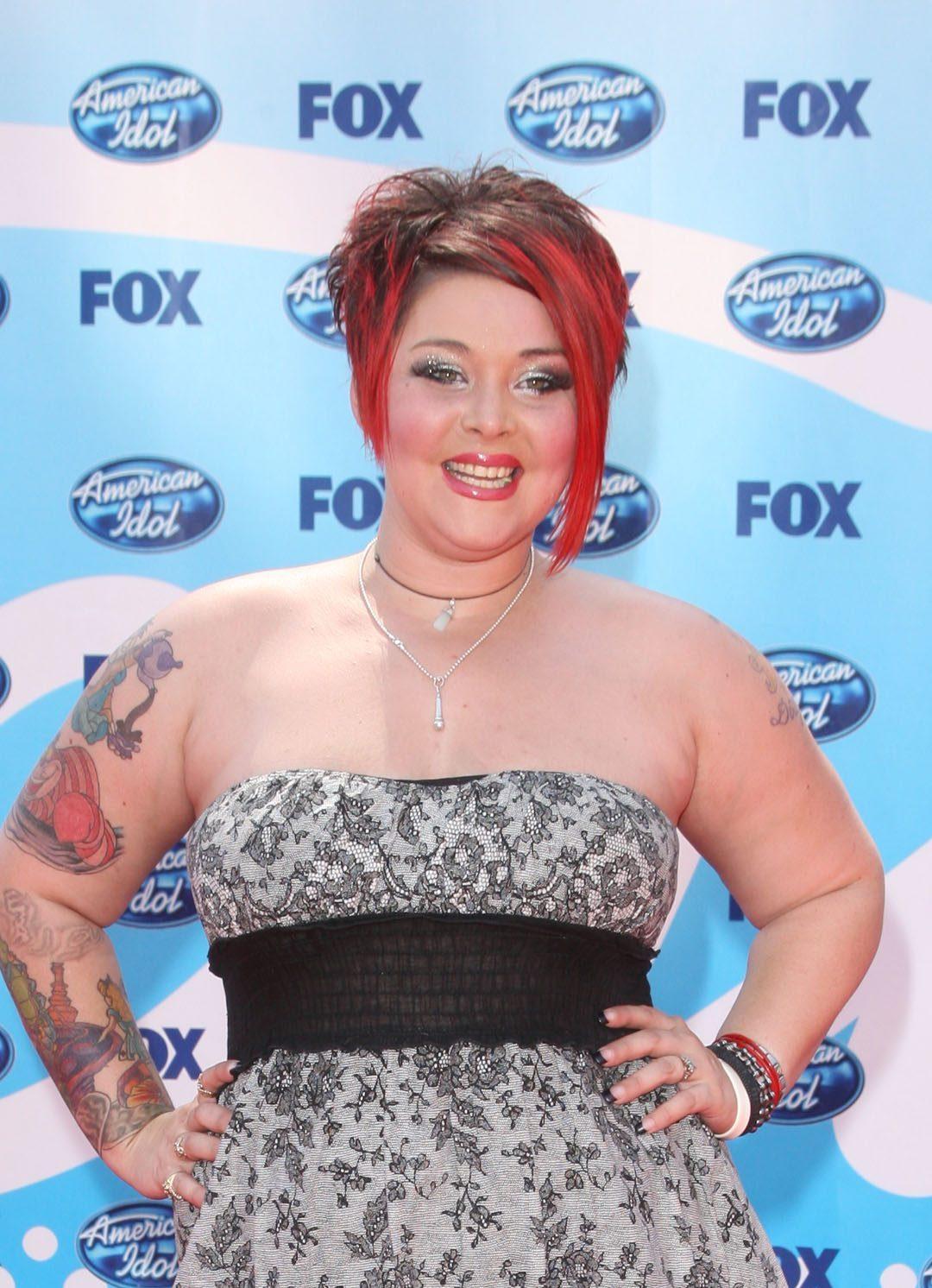 'American Idol' contestant Nikki McKibbin dies at 42 ...