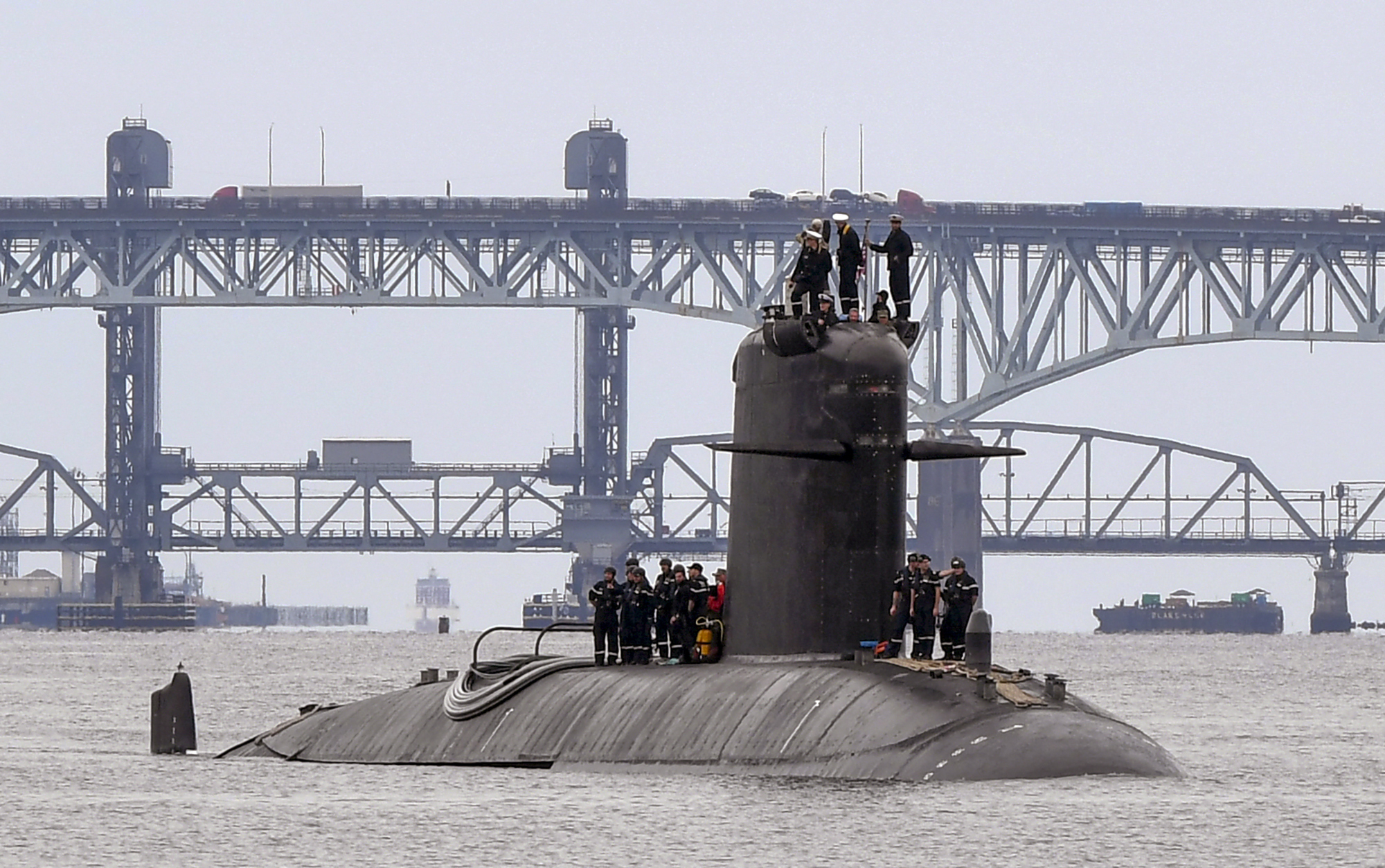 FNS Amethyste (S605) visits Naval Submarine Base New London